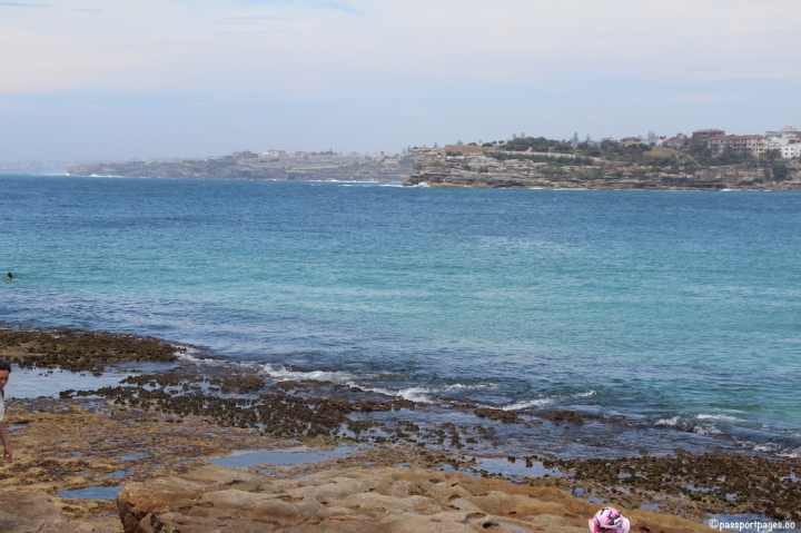 cliffs-Bondi-Beach-Sydney-travel-blog-passportpages