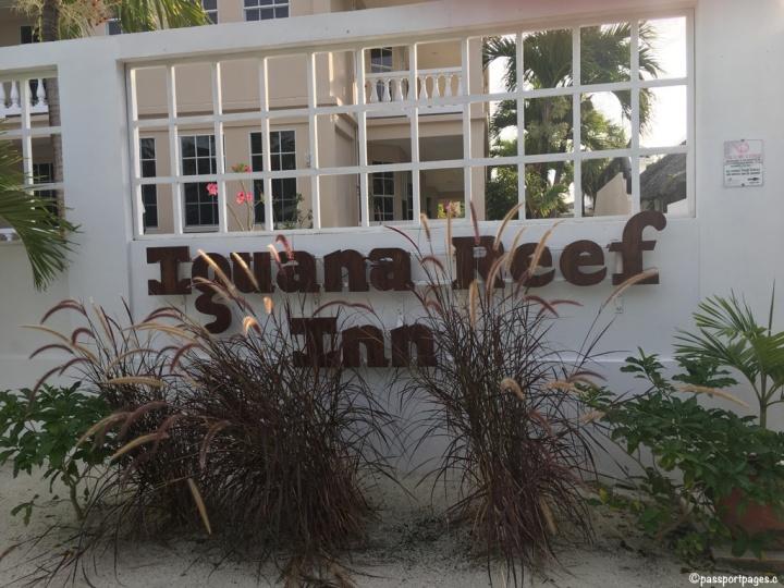 Iguana-Reef-Inn