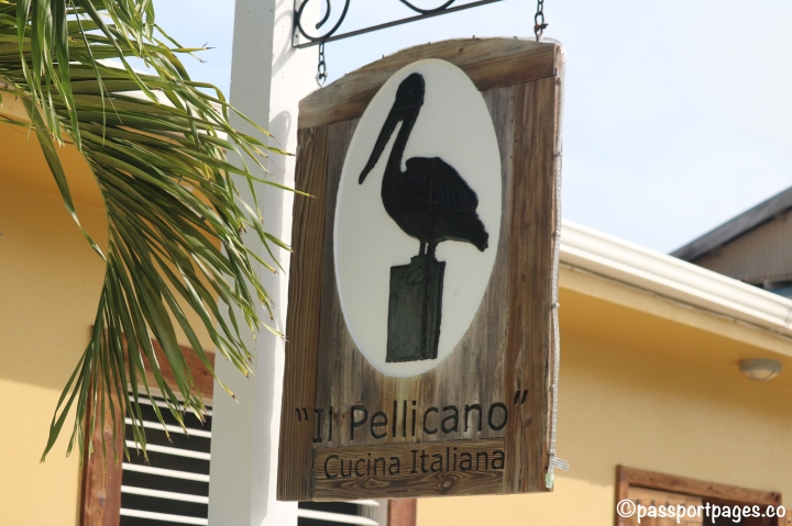 Il-Pelicano-Caye-Caulker.JPG