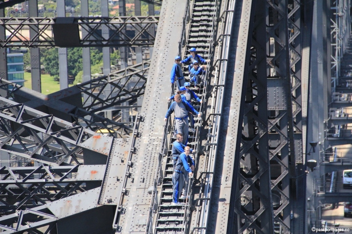 Sydney-Harbour-Bridge-Climbers