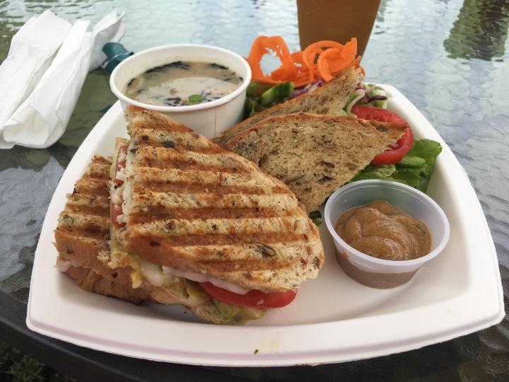 Cafe-Ono-Vegetarian-Hawaii-Big-Island-Cafe-food-panini-Volcano