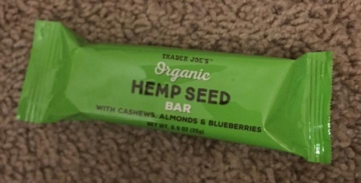 Travel-snacks-trader-joes-hemp-seed-bars