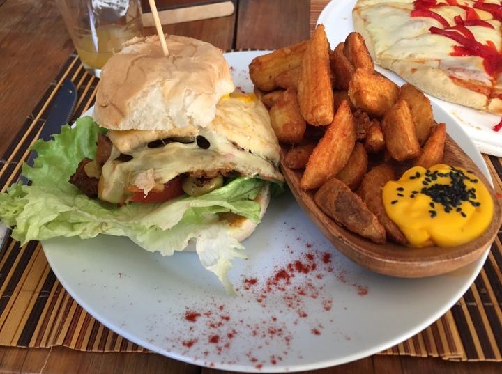 chivitos-veggie-burger-Namaste-Cafe-Uruguay-vegetarian-vegan